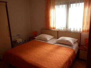 Apartmens Ivona 2 - Ciovo vacation rentals