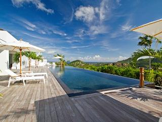 Exquisite hilltop Villa with panoramic views WV EGO - Gouverneur vacation rentals