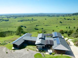 Coolamon Vista Bed & Breakfast, 2 rooms, 4 people - Byron Bay vacation rentals