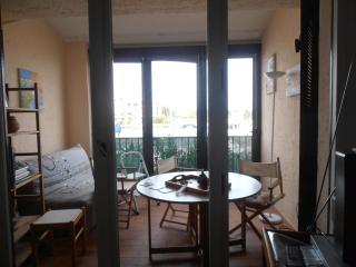 Cozy Cogolin Studio rental with Television - Cogolin vacation rentals