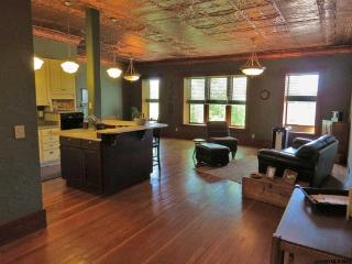 Executive Style Vacation Rental - Thermopolis, Wyo - Thermopolis vacation rentals