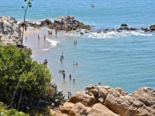 1 Block to Corona Del Mar Beach - Corona del Mar vacation rentals