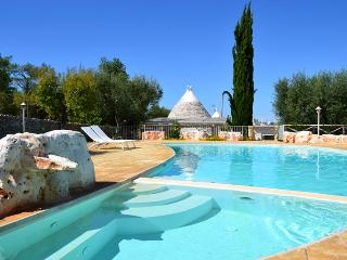 TRULLI DI BOUGANVILLE -WITH PANORAMIC VIEW - Polignano a Mare vacation rentals