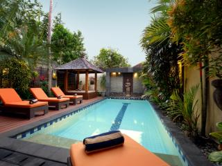 Central Legian Beach, Spacious 4 bed, Villa Mimpi - Legian vacation rentals