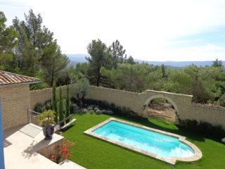 Nice Villa with Internet Access and A/C - Murs vacation rentals