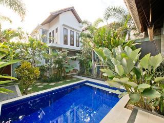 Oasis villa. Seminyak. Oberoi. W.d to ocean - Seminyak vacation rentals