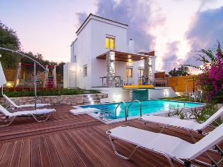 Crete holiday villa(Mikhail) - Rethymnon vacation rentals