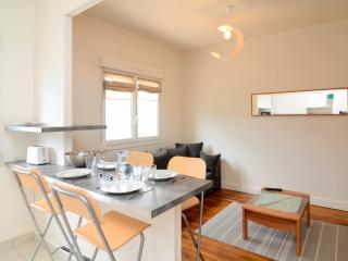 Apartment just renovated fully equipped - Lorient vacation rentals