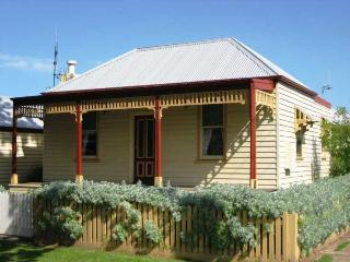 ROSALIE COTTAGE - Port Fairy vacation rentals