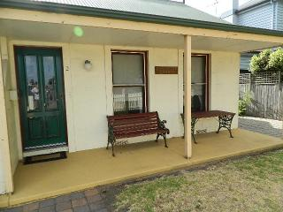 2 bedroom Condo with Waterfront in Port Fairy - Port Fairy vacation rentals