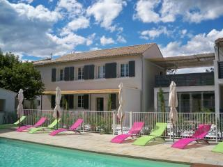 La Maison Dambrine - Richerenches vacation rentals
