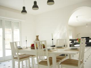 Kanza: Modern spacious apartment with terrace - Trapani vacation rentals