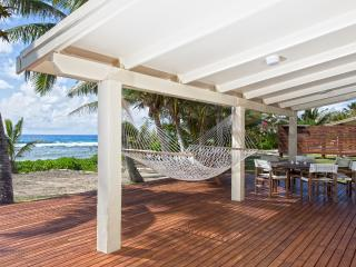 AKAORA VILLA  Absolute Beach Front - Rarotonga vacation rentals