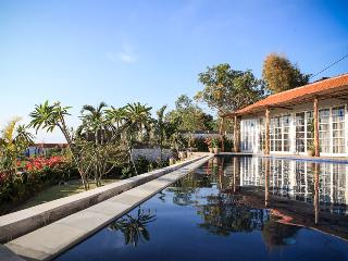 Luxury 4BDR villa, Ocean View, Jimbaran - Nusa Dua Peninsula vacation rentals