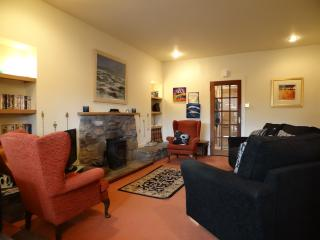 No 14 Railway Terrace Central Aviemore - Aviemore vacation rentals