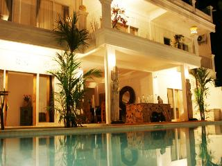 6 bedroom villa in saba beach bali - Gianyar vacation rentals