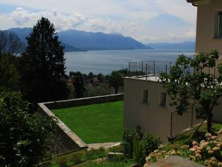 One Bedroom Streghe1 - Maccagno vacation rentals