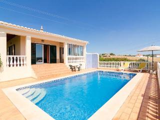 Perfect 3 bedroom Silves Villa with Internet Access - Silves vacation rentals