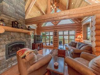 Summer Specials! Eagle's Nest Overlooking Lake Cle Elum!  4BR | Hot Tub - North Cascades Area vacation rentals
