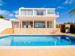 GREAT DEAL / SEPTEMBE/ Villa ZEN , sea view, beach - Albufeira vacation rentals