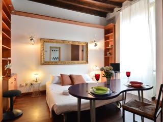 San Carpoforo C - 1108 - Milan - Novate Milanese vacation rentals