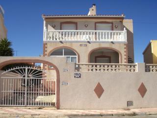 4 bedroom Villa with Internet Access in San Fulgencio - San Fulgencio vacation rentals