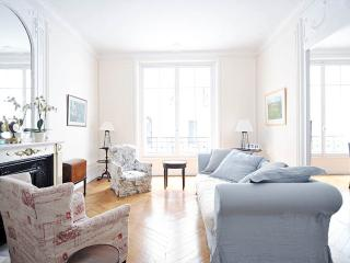 Family flat in central Paris - Paris vacation rentals