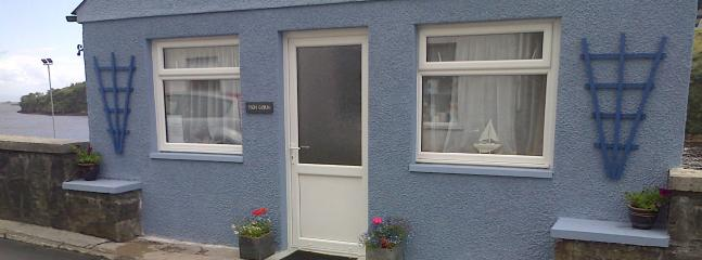 Tigh Gorm (The Blue House) - Image 1 - Tarbert - rentals