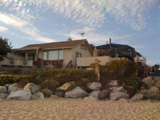 105/The Aquarius *BEACH FRONT/ HOT TUB* - Santa Cruz vacation rentals