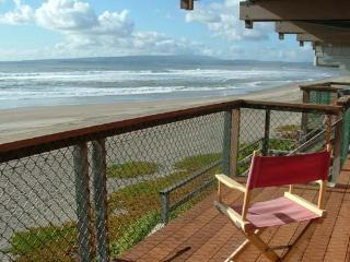793/Sand Pebble *OCEAN FRONT* - Santa Cruz vacation rentals