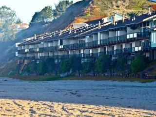 709/On the Beach *Ocean Front/Reduced Off Season* - Santa Cruz vacation rentals
