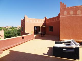 Cozy 2 bedroom Riad in Ouarzazate with Internet Access - Ouarzazate vacation rentals