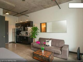 Stylish Loft in Portland's NW Pearl District - Portland vacation rentals