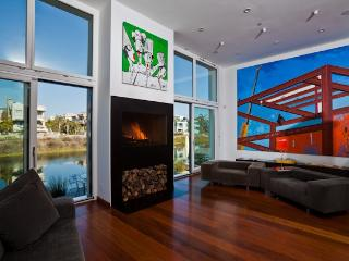 VENICE ARCHITECTURAL HOUSE BY THE BEACH - Marina del Rey vacation rentals