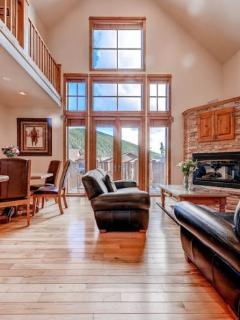 3 bedroom House with Internet Access in Keystone - Keystone vacation rentals