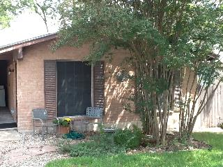 Austin 78704 - Retro duplex Heart of South Austin - Austin vacation rentals