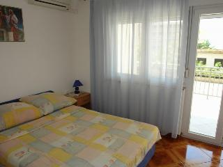 Nice 2 bedroom House in Selce - Selce vacation rentals