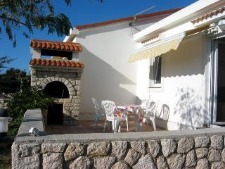 NINA2(338-867) - Mandre vacation rentals
