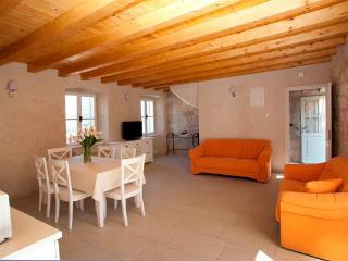 Beautiful 2 bedroom House in Rabac - Rabac vacation rentals