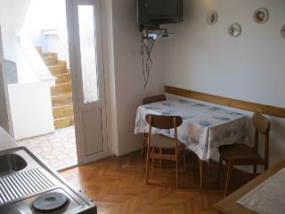 Romantic 1 bedroom House in Punat - Punat vacation rentals