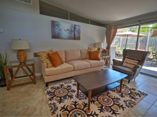 Updated 2bd/2bth Min To Old Town! Close to hiking! - Pasadena vacation rentals