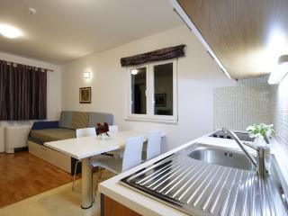 Nice 2 bedroom House in Hvar - Hvar vacation rentals