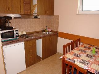 Adorable 1 bedroom House in Dramalj - Dramalj vacation rentals