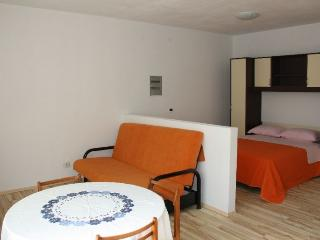 JELOVAC(657-1190) - Porec vacation rentals