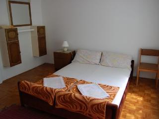 Bright 3 bedroom House in Njivice - Njivice vacation rentals
