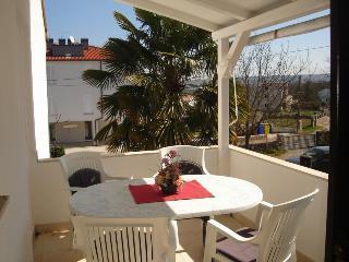 Bright 2 bedroom House in Vantacici - Vantacici vacation rentals