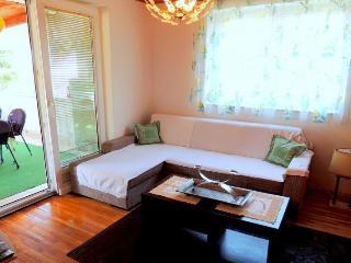 Cozy 2 bedroom House in Malinska - Malinska vacation rentals
