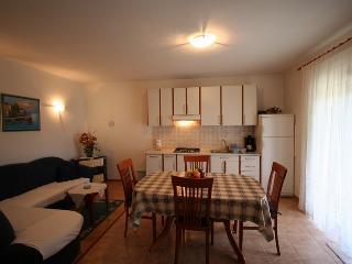 JELENOVIC D(936-2052) - Vrbnik vacation rentals