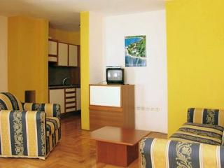 VALDEPIAN(985-2180) - Basanija vacation rentals