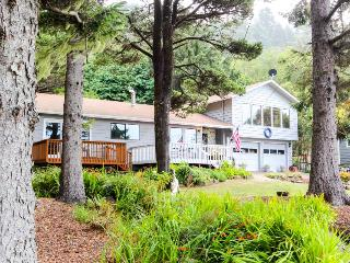 Cozy home w/ ocean view, private hot tub & entertainment! - Yachats vacation rentals